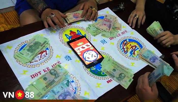 5 mẹo chơi Bầu Cua Tôm Cá trên điện thoại kiếm tiền triệu