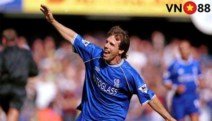Gianfranco Zola: Qủy lùn người Ý làm biến đổi Chelsea hoàn toàn