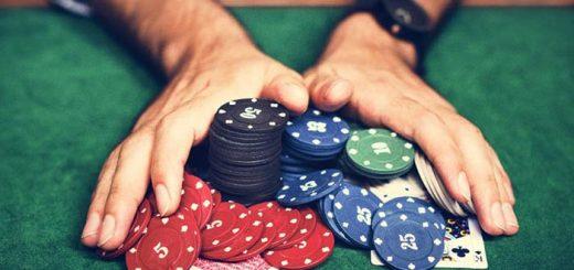 Cách chơi Poker: Hướng dẫn chơi Poker từ A đến Z (2020)