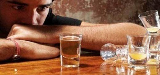 Mơ thấy say rượu đánh lô đề con gì?