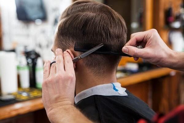 Giải mã giấc mơ thấy tóc, cắt tóc